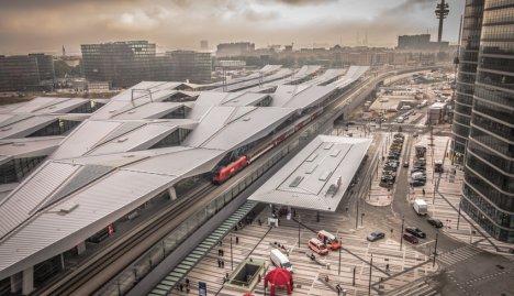Pendler Hauptbahnhof Wien